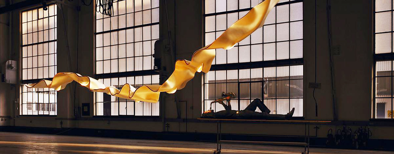 INGO MAURER - GOLDEN RIBBON